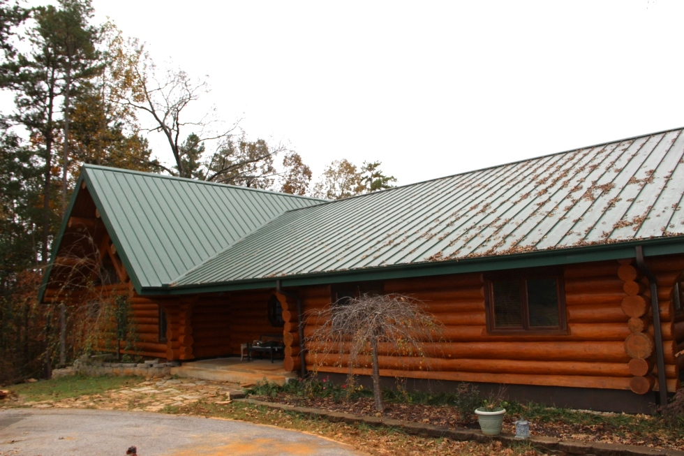 Log Home Sealing and Log home staining Log Home Staining